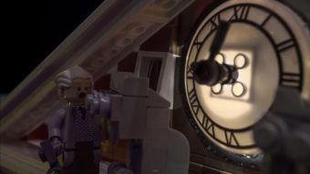 """[VIDEO] Recrean escena de """"Volver al Futuro"""" en versión Lego"""