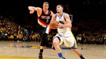 Warriors sin Curry dan primer golpe en semifinales de conferencia ante Portland