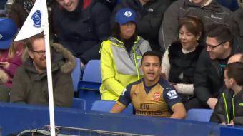 [VIDEO] Alexis protagoniza uno de los momentos más divertidos de la Premier League 2015-2016
