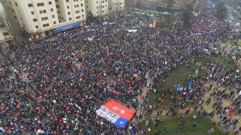 Marcha contra sistema de pensiones convocó a más de 150 mil personas en Santiago