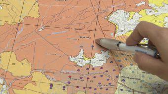 Sernageomin expone los mapas de peligros geológicos de Santiago