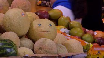 [VIDEO] Alimentos que hablan: con una broma promocionan la película Sausage Party