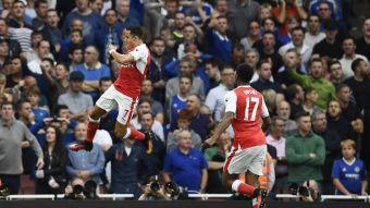 [VIDEO] Alexis Sánchez emula a Thierry Henry con sus goles en el Arsenal