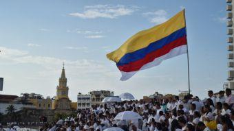 Colombia y las FARC firman histórico acuerdo de paz
