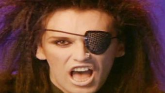 Muere el cantante Pete Burns, la voz del clásico pop You spin me round