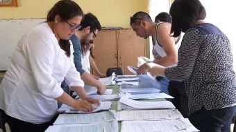 Moneda al aire resolvería empate en elección de alcalde en Zapallar