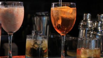 [VIDEO] Plan del gobierno busca eliminar los happy hours y barras libres