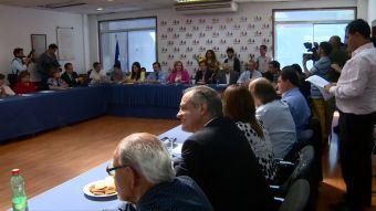 DC analiza suspender su participación en el comité político en La Moneda