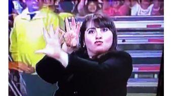 Las intérpretes de lenguaje de señas que se robaron la película en la Teletón 2016