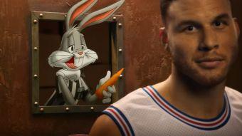 Blake Griffin se enfrenta a los Monstars en un anuncio de Jordan Brand y Foot Locker.