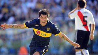 [VIDEO] Golazo de Gary Medel entre los 10 mejores de los clásicos Boca Juniors-River Plate