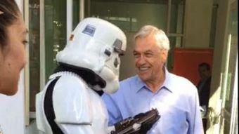 [VIDEO] Lo vamos a mandar a poner orden a La Araucanía: El mensaje de Piñera a un Stormtrooper