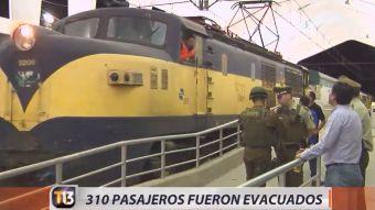 [VIDEO] 310 personas fueron evacuadas de tren en Rancagua por falso aviso de bomba