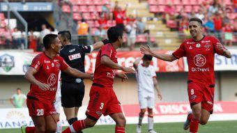 [VIDEO] Goles Primera B fecha 2: Ñublense golea a Deportes Valdivia en Chillán