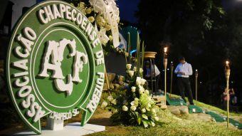 VIDEO  Informe final revela que accidente de Chapecoense fue por falta de  combustible d95188738976f