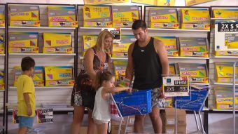 [VIDEOS] Argentinos aprovechan de comprar útiles escolares en Chile