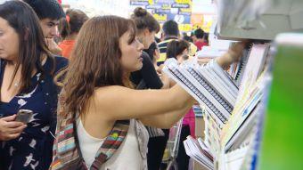 [VIDEO] Locura por compra de útiles escolares