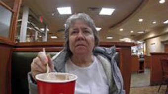 """""""Sabe mi nombre pero no sabe quién soy"""": el momento en que mi madre con demencia dejó de reconocerme"""