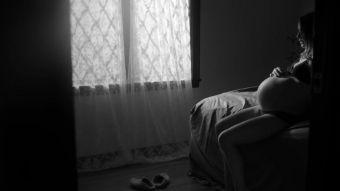 El embarazo de Natalie Portman protagoniza el hermoso nuevo video de James Blake