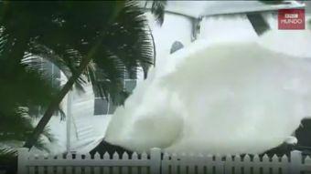 """El """"monstruoso"""" ciclón Debbie"""