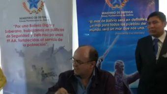 [VIDEO] Que le vaya a pedir disculpas a su abuela: La dura réplica del ministro Ferreira a Muñoz