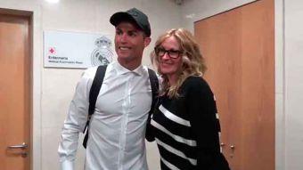[VIDEO] Actriz Julia Roberts alucina con visita al Real Madrid y se fotografía con Cristiano Ronaldo