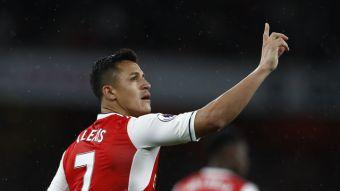 Alexis Sánchez en el podio: El chileno termina como 3° goleador de la Premier