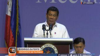 Cárcel por vender cigarros cerca de colegios: las polémicas medidas del presidente filipino