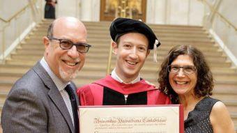 Doce años más tarde: Mark Zuckerberg finalmente se graduó de Harvard