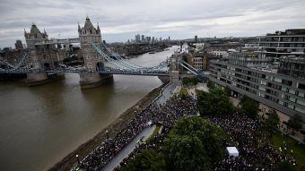 [FOTOS] La multitudinaria vigilia en recuerdo a las víctimas de los atentados en Londres