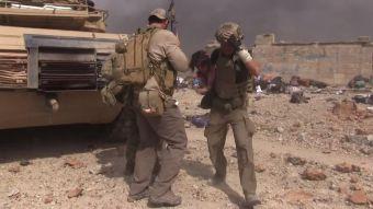 [VIDEO] Ex soldado estadounidense se convirtió en el héroe de Mosul