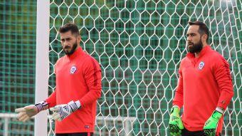 [VIDEO] El retorno del capitán: Claudio Bravo vuelve al arco de la selección chilena