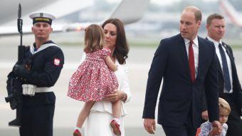 [FOTOS] Duques de Cambridge y sus hijos inician gira por Polonia y Alemania