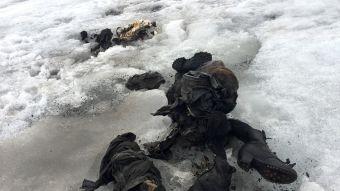 Hallan a pareja momificada en un glaciar suizo 75 años después de su desaparición