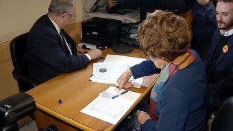 Ángela Jeria firmó por la campaña de Guillier