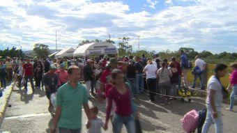 Venezolanos cruzan hacia Colombia a días de la elección de la Asamblea Constituyente