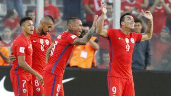 [VIDEO] Las puertas de La Roja se abren para Esteban Paredes
