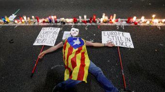 [FOTOS] Catalanes salen a la calle para protestar