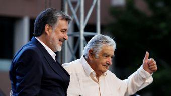 Alejandro Guillier y Pepe Mujica