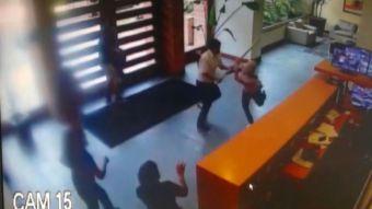 [VIDEO] La historia del conserje que frustró millonario robo con un palo