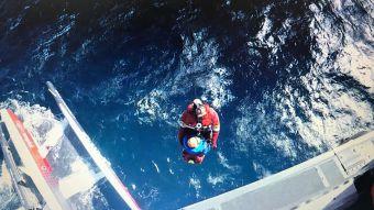 [VIDEO] El rescate del velerista francés que naufragó en el Cabo de Hornos