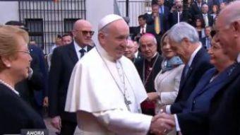 [VIDEO] Así fue el saludo del Papa Francisco a Sebastián Piñera y Ricardo Lagos