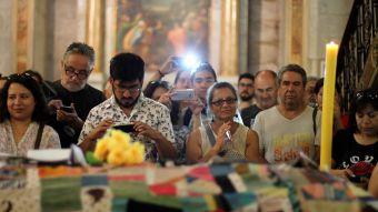 [FOTOS] Nicanor Parra es despedido en la Catedral
