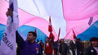 Colegio de Chillán permitirá a estudiantes trans usar uniforme acorde a su identidad de género