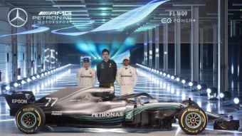 [FOTOS] Hamilton presenta el Mercedes con que busca igualar a Fangio