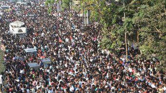 Masivo funeral de la actriz Sridevi Kapoor