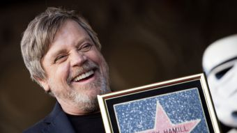 [FOTOS] Mark Hamill recibe estrella en el Paseo de la Fama de Hollywood