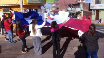 [VIDEO] Banderazo en Antofagasta en apoyo a los alegatos orales en La Haya