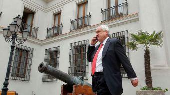 Piñera paraliza nombramiento de su hermano como embajador a la espera de dictamen de Contraloría