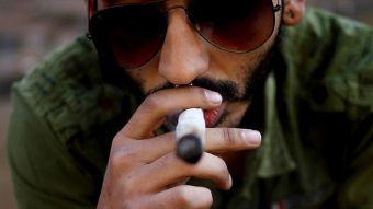 [FOTOS] Así fue la fumatón 4/20 en el paseo Bulnes